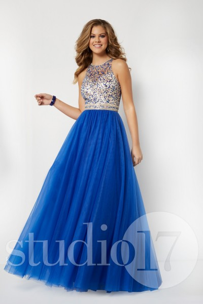 Studio 17 12667 is available in Flamingo, Royal, Spearmint and in sizes 0-30.