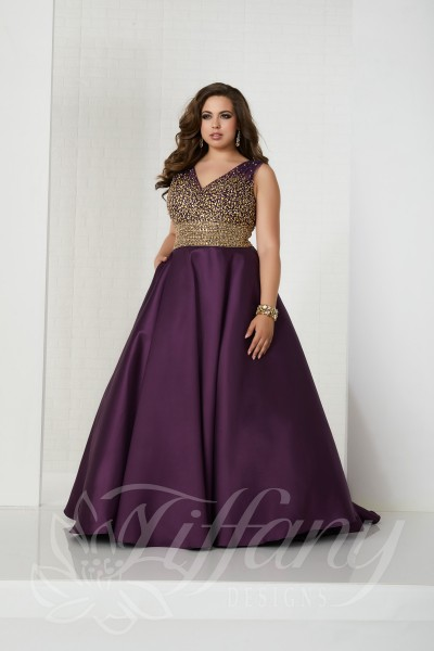 Tiffany 16322 is available in Black, Jade, Plum and in sizes 0-30.