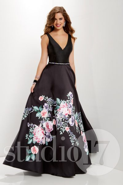 Studio 17 12666 is available in Black Print and in sizes 0-30.