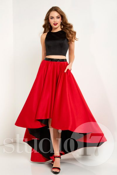 Studio 17 12671 is available in Red Black, Royal Black and in sizes 0-30.